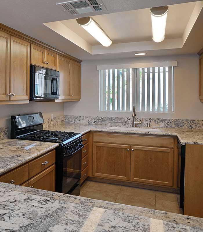 Rental Apartments Near El Paseo, Palm Desert, CA