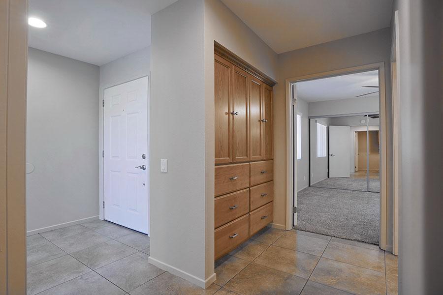 Villas-Hallway