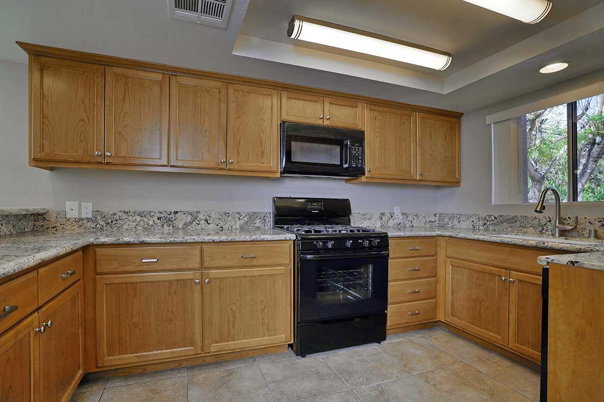 Villas-Kitchen-2